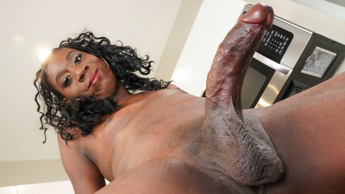 Climax Thursday: Stacy Tasty Cums Again!